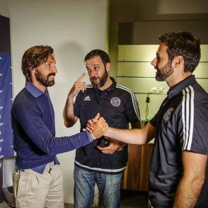 Shaking hands with Andrea Pirlo